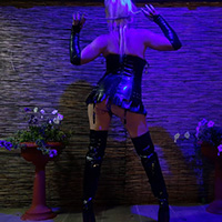 leilahot69 latex 4